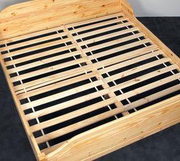 Praktischer Roll-Lattenrost Jack auch für Doppelbetten geeignet