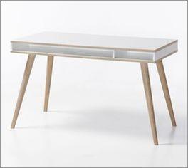 Schreibtisch Beano mit großer Arbeitsfläche