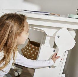 Einfacher und praktischer Schreibtisch Original neigbar