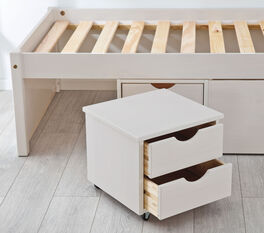 Schubkasten-Bett Göteborg inklusive Nachttisch