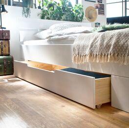 Schubkasten-Bett Ottena mit praktischer Griffmulde