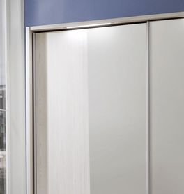 Spiegel-Kleiderschrank Apolda mit leichtgängigen Schwebetüren