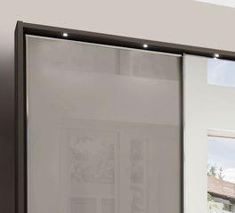 Spiegel-Kleiderschrank Butaco mit filigraner Beleuchtung