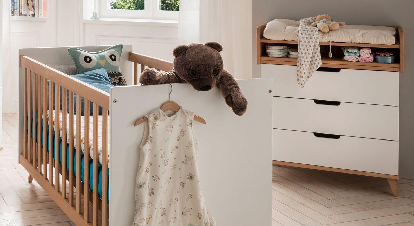 Zweifarbige Wickelkommode Kids Nordic in Weiß und Buche