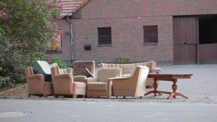 Tipps und Infos zur Entsorgung von alten Möbeln, Bett und Matratze