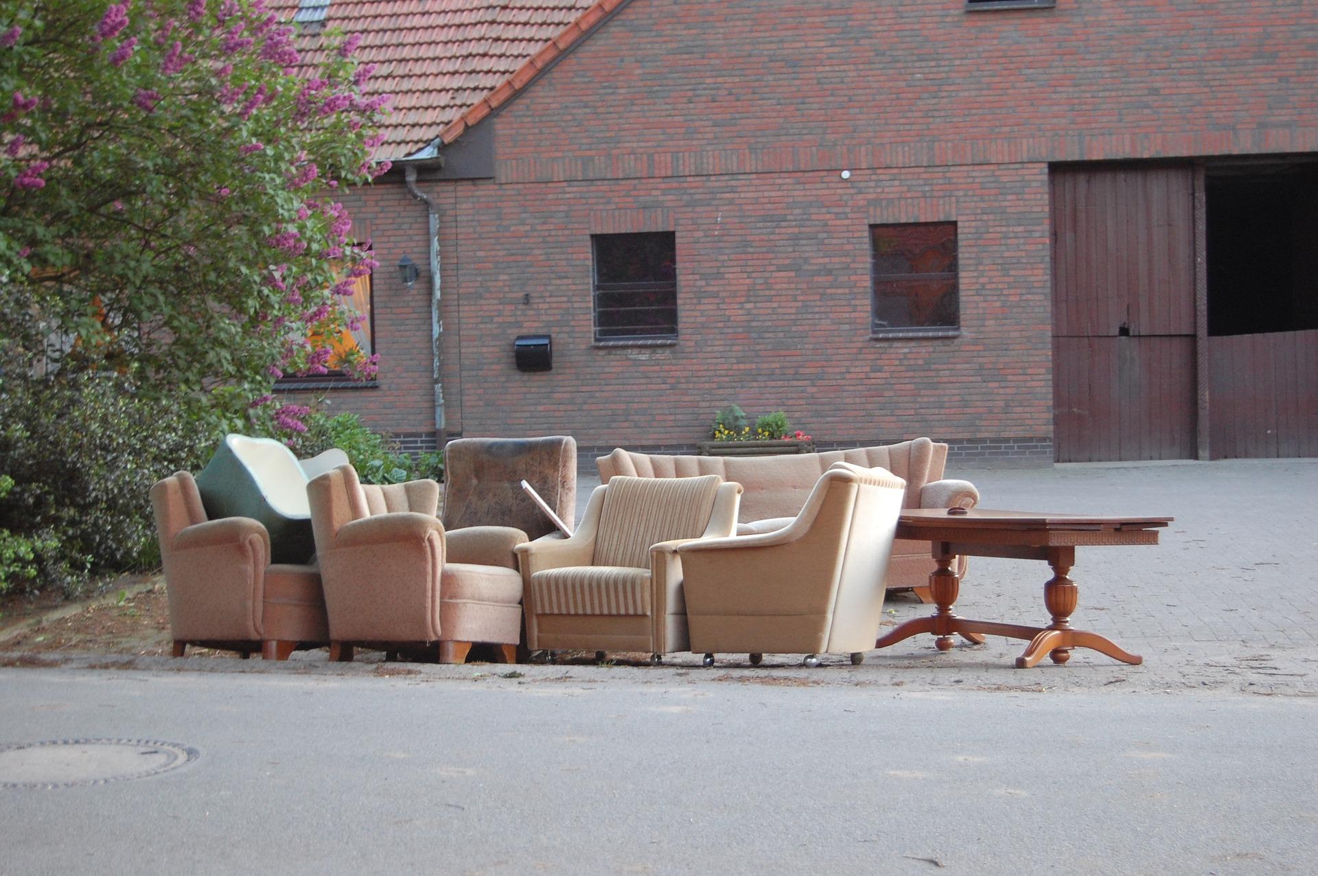 bett und matratze entsorgen wege zur entsorgung von alten m beln. Black Bedroom Furniture Sets. Home Design Ideas